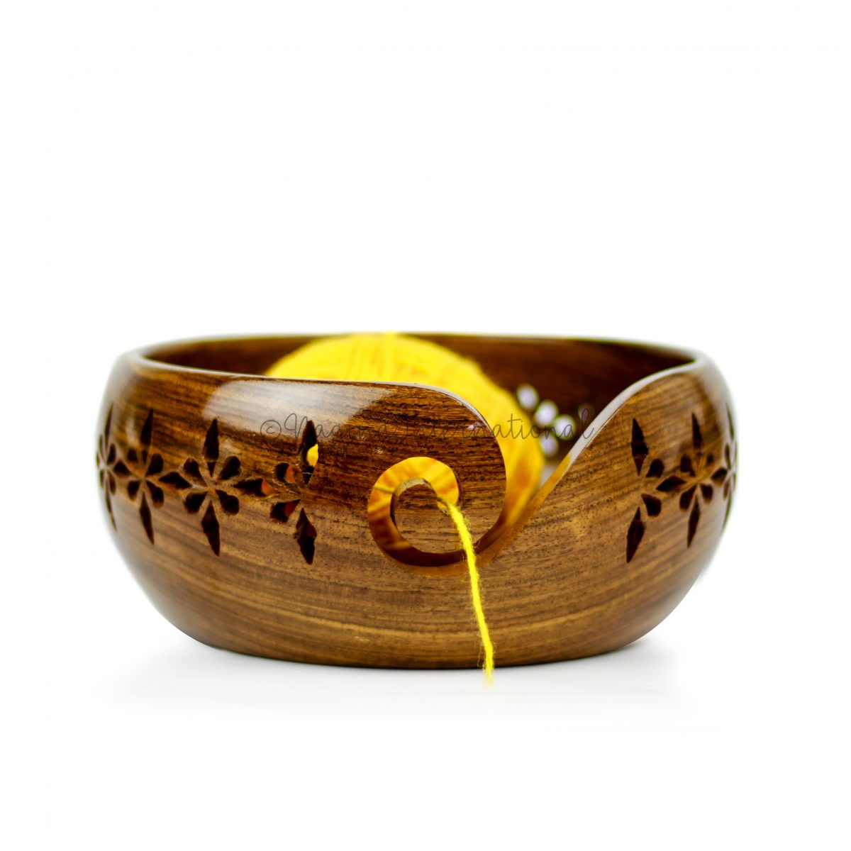 Rosewood Crafted Wooden Yarn Storage Bowl with Carved Holes /& Drills Knitting